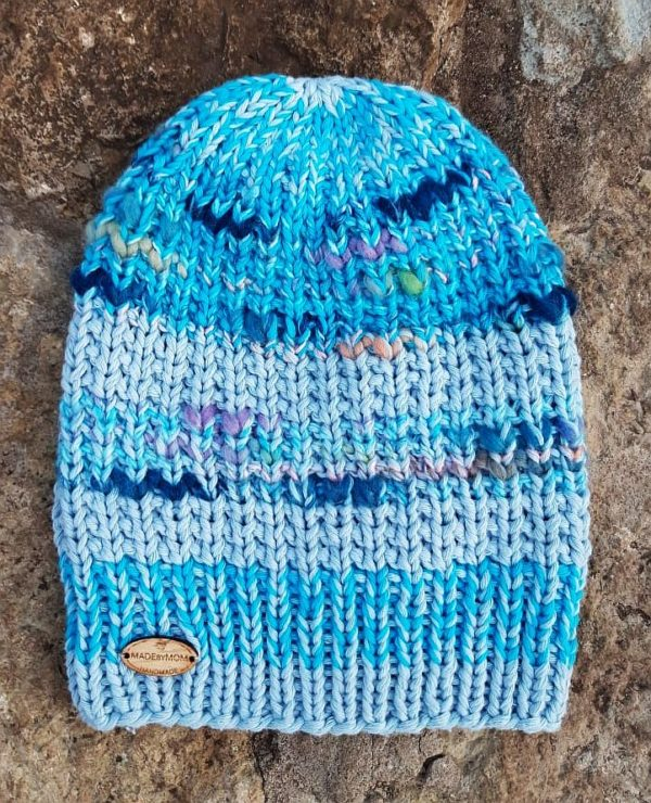 Madebymom kootud müts sinise ja türkiis kirju fresh.ee